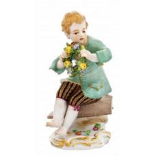 G—rtnerjunge с цветочным венком, staffiert красочные и золото, H 13 см