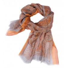 Шарф в 85% модал/15% шелк, English Пейсли дизайн, прокладка борту–re, серого цвета с желто-оранжевым краем, 180 x 68 см