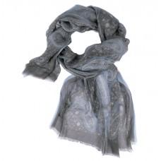 Шарф в 85% модал/15% шелк, English Пейсли дизайн, прокладка борту–re, черного цвета со светло-синей отделкой, 180 x 68 см